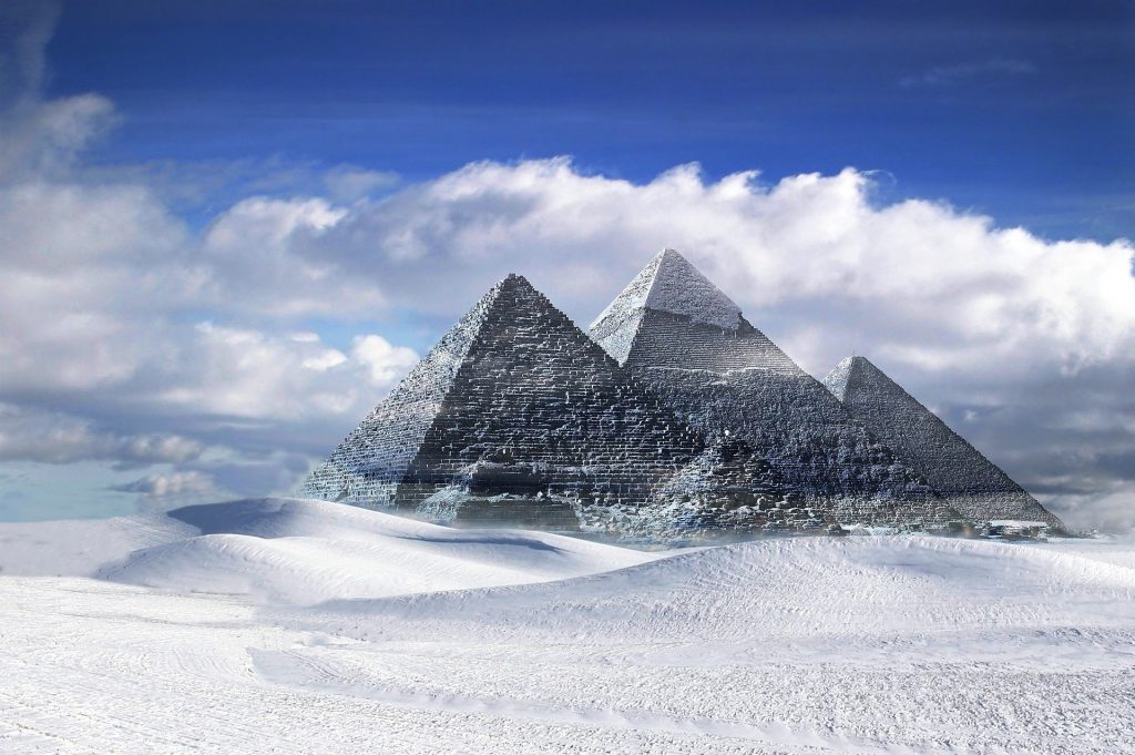 פילאטיס הוד השרון - בת שבע שרם על הקשר בין פסח, פירמידות ו...פילאטיס?